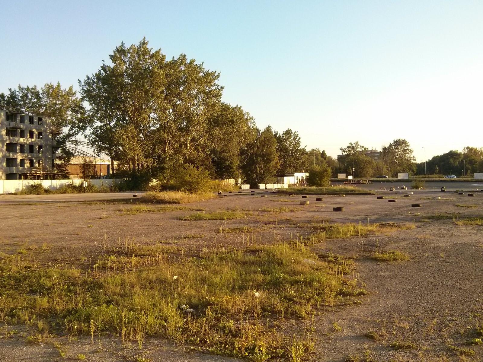 Czyżyny - miejsce w którym ma powstać park z budżetu obywatelskiego
