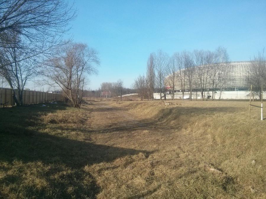 Teren dewelopera w Parku Lotników obok Tauron Areny