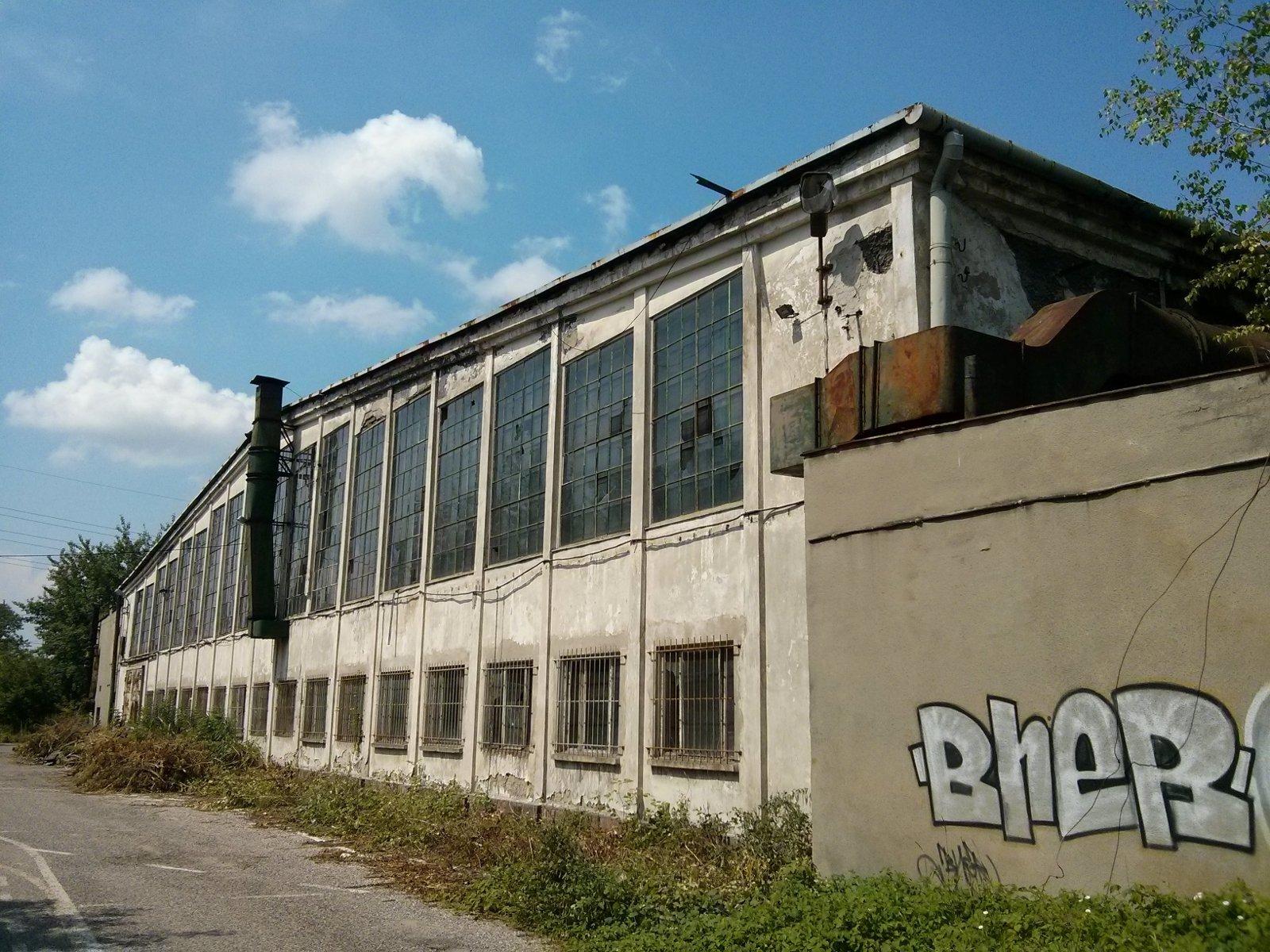 Zajezdnia autobusowa w Czyżynach ze starego hangaru