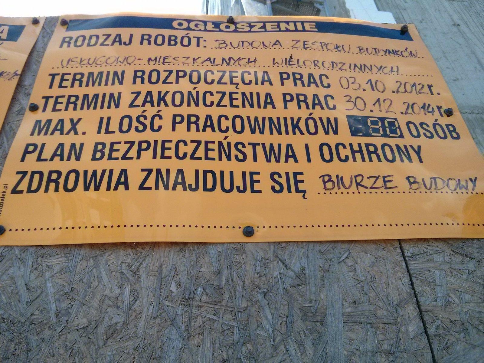 Budowa mieszkań przy Hynka - tablica informacyjna