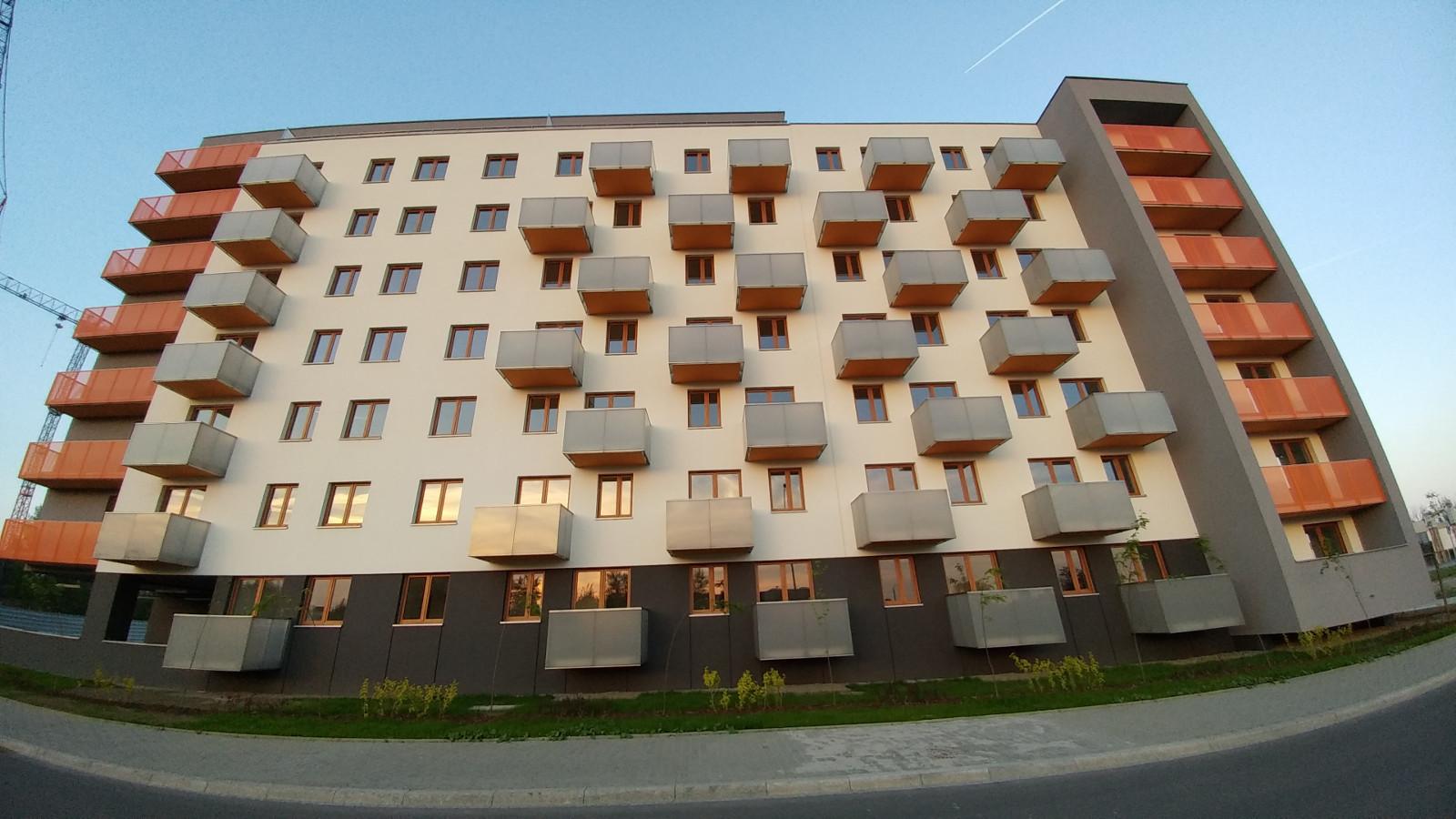 Wygląd elewacji nowego bloku Centralna park w Krakowie - Czyżynach