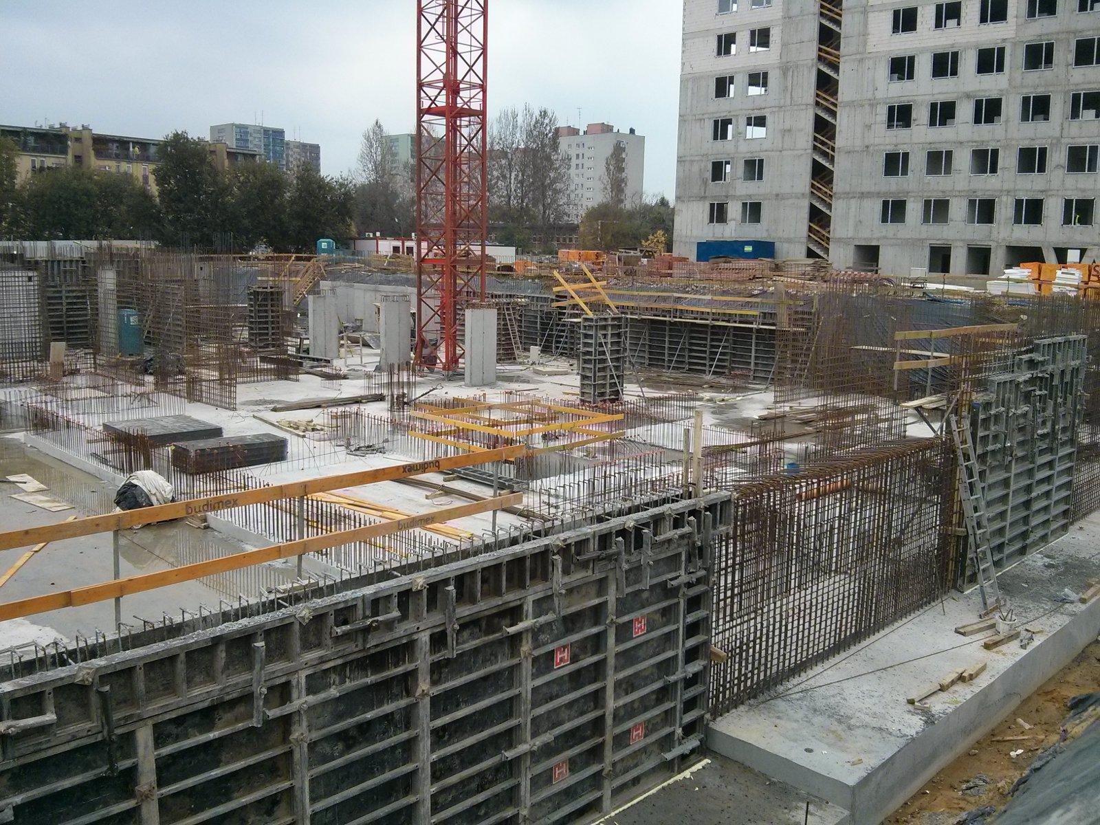 Etap III - Avia 2 Budimexu - prace w wykopie pod blok w Czyżynach
