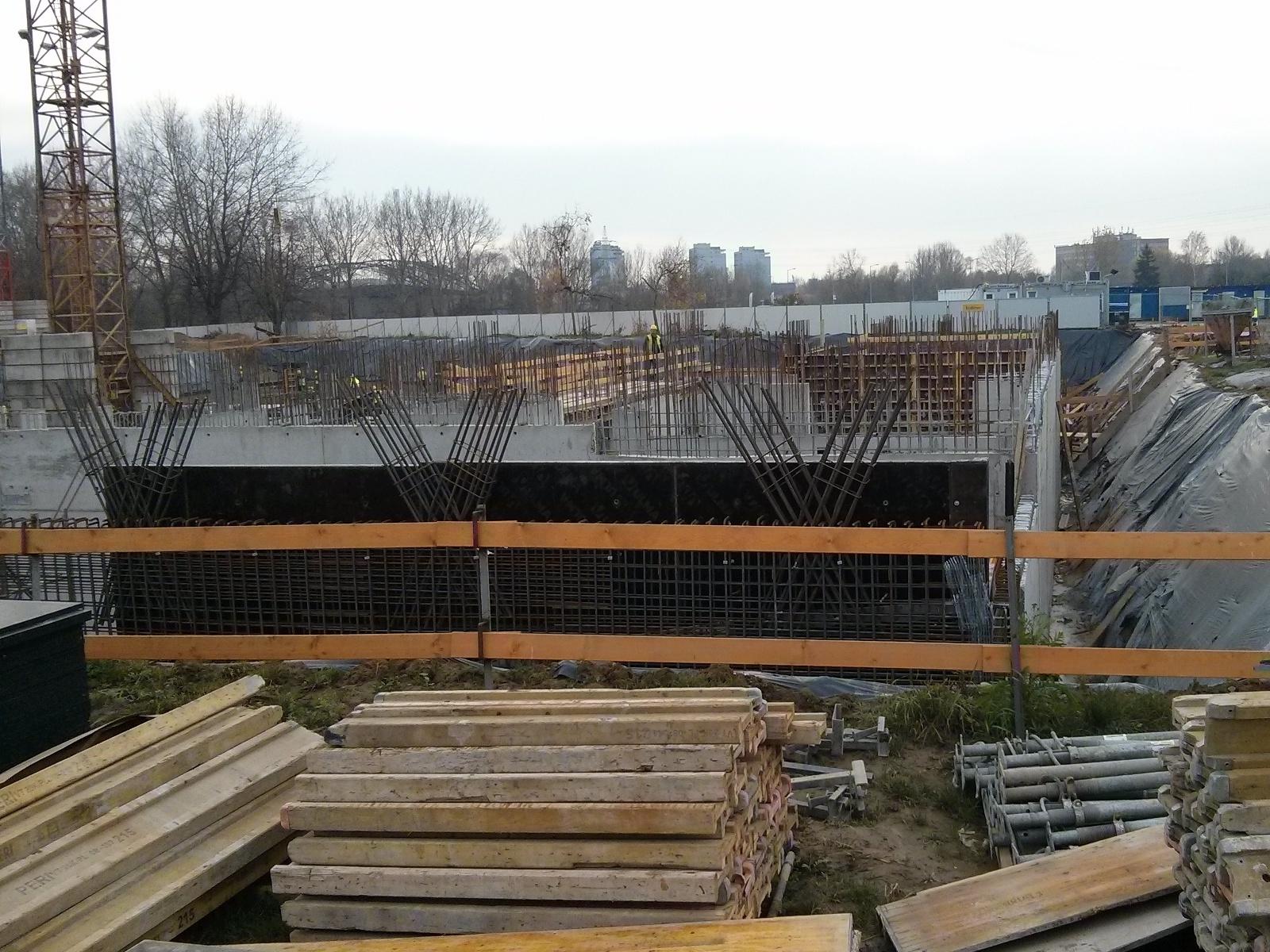 Budowa bloku Orlińskiego 6 w nowych Czyżynach