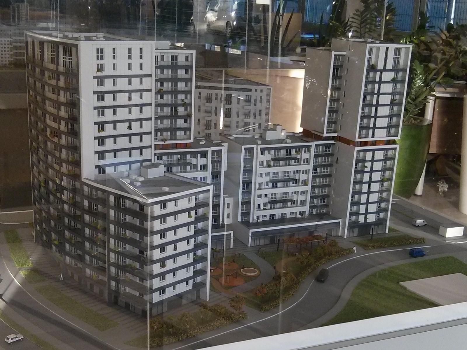 Blok przy Orlińskiego 1 budowany przez Budimex w nowych Czyżynach
