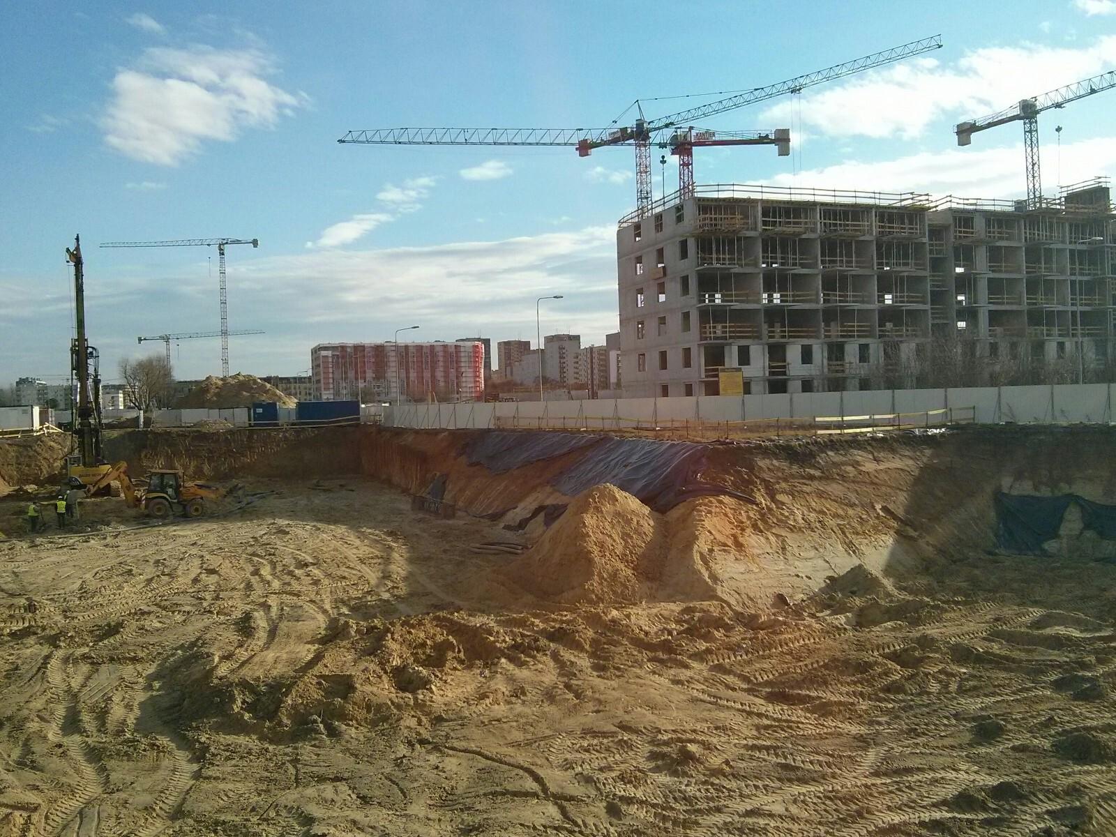 Inwestycja Orlińskiego 1 w krakowskich Czyżynach - pale pod blok