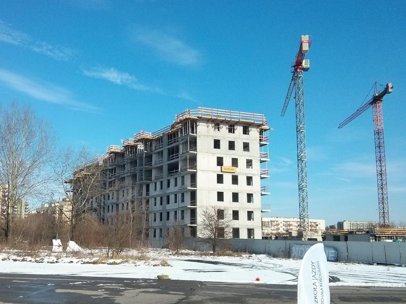 Na Orlińskiego 4 Budimex Nieruchomości stawia ostatnie piętro bloku