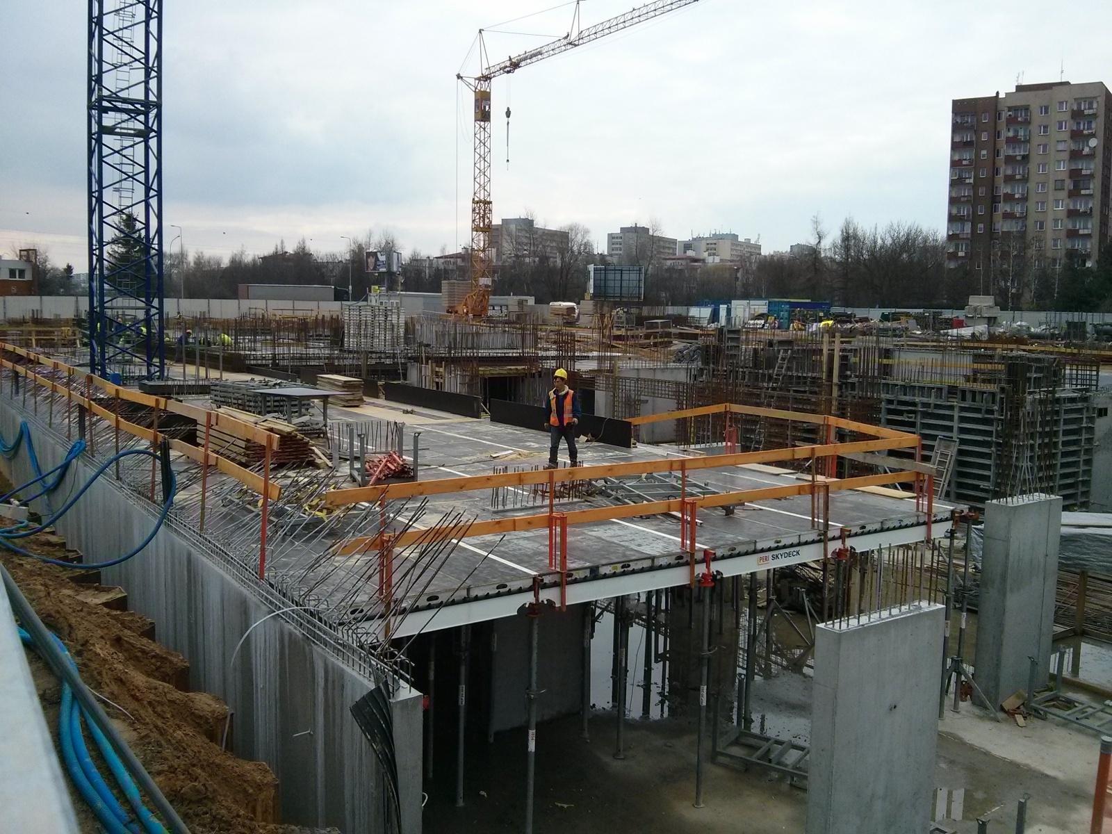 Budowa bloku Orlińskiego 1 w krakowskich Czyżynach Budimex