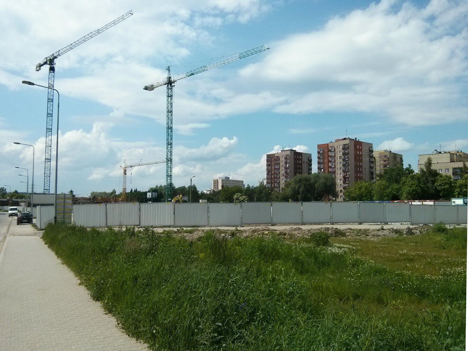 Miejsce budowy tanich mieszkań na Orlińskiego 3 w Krakowie Czyżynach