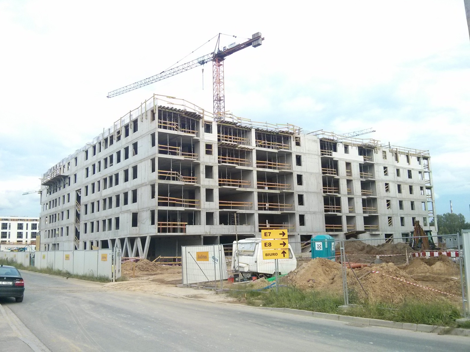 Budimex stawia 6 piętro budynku na Orlińskiego 6 w Czyżnach