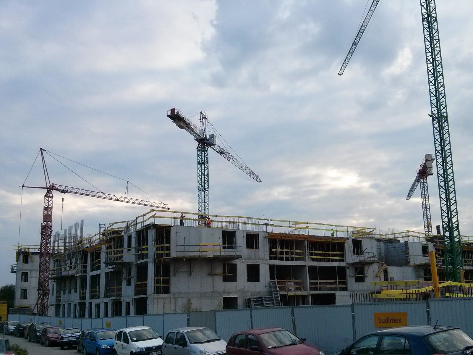 Osiedle Avia 5 - Budimex stawia kolejne piętra inwestycji mieszkaniowej