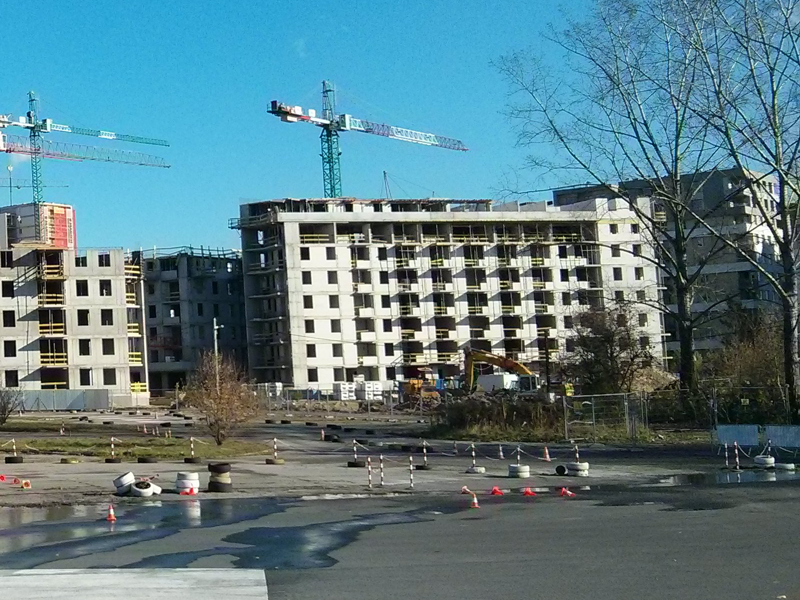 Budimex kończy osiedle Avia 5 w Czyżynach - konstrukcja niemalbv