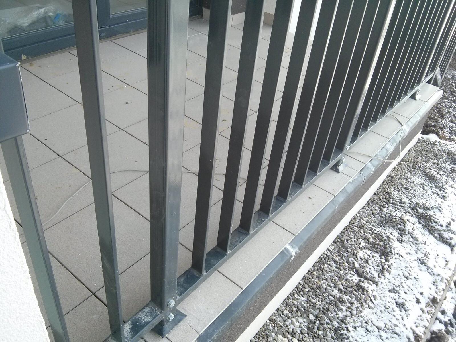 Budimex wykańcza balkony w nowej inwestycji Orlińskiego 4 w Czyżynach