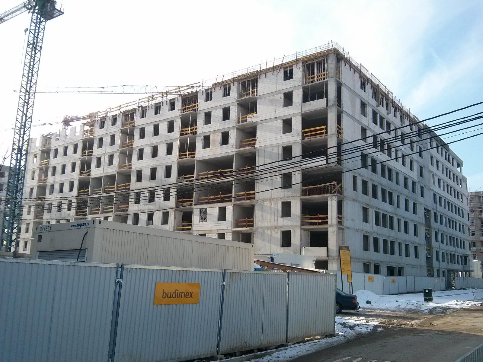 Strop nad ostatnią kondygnacją inwestycji mieszkaniowej Orlińskiego 8 w Krakowie