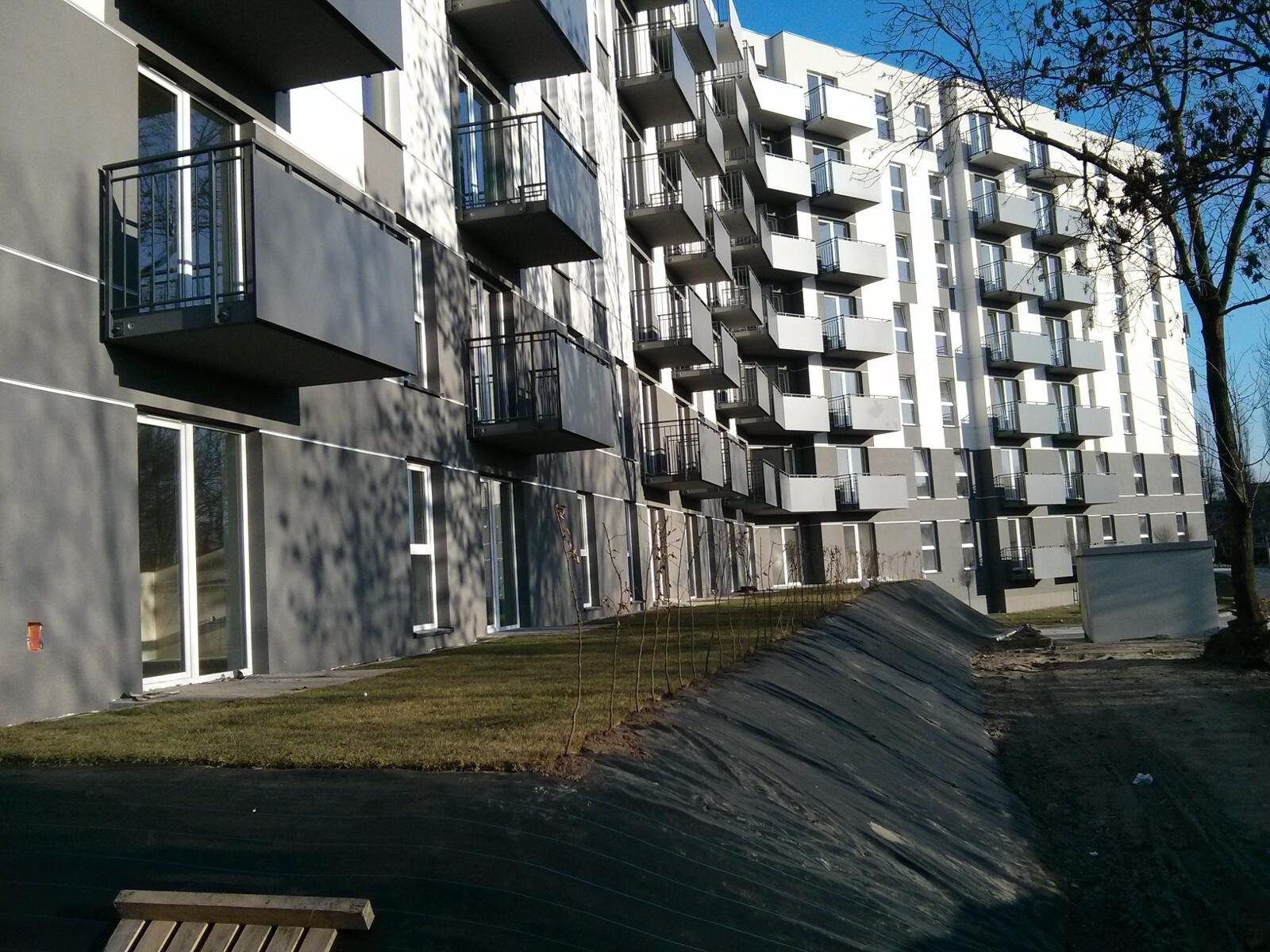 Ogródki pod nowymi mieszkaniami w inwestycji Murapol Bieńczycka