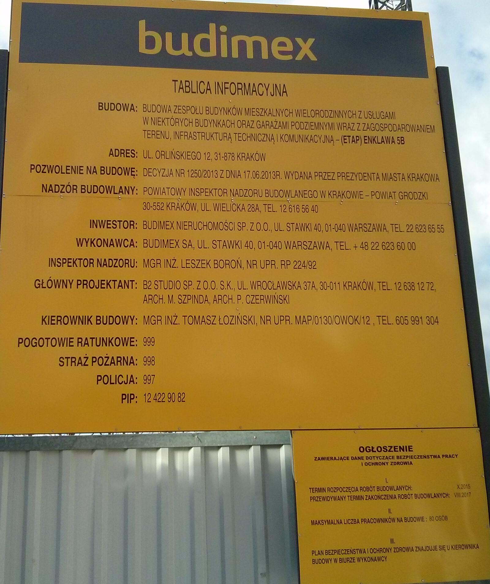 Tablica z informacjami na temat budowy Osiedla Orlińskiego 12